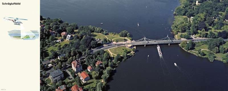 GlienickerBrücke | Schrägluftbild | Glienicker Brücke - Vom Bild zur Karte und Kartentypen | Karte 6/1